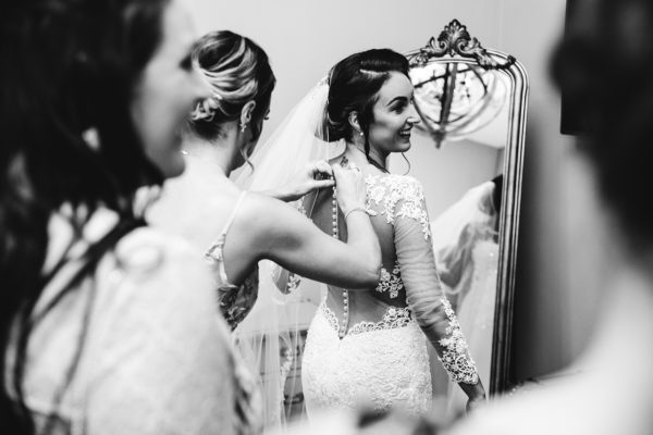ER Photography: Compare wedding photographers' prices & packages