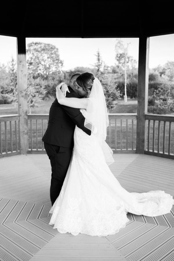 Promenade Studios: Compare wedding photographers' prices & packages