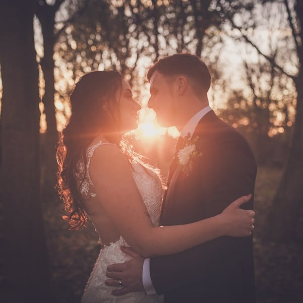 AWPhotographic: Compare wedding photographers' prices & packages